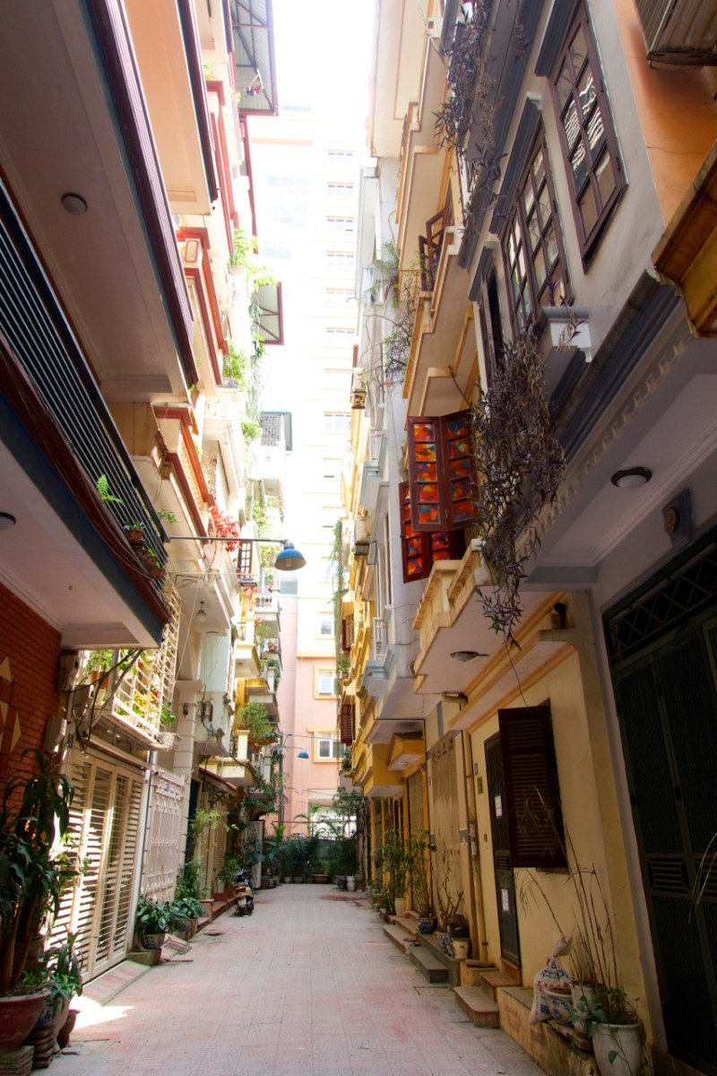 Intentional-Travelers-Hanoi-Alley