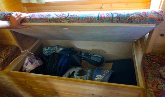 Our Tiny House Sit: Trying Tiny On For Size   Intentional Travelers