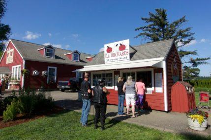Salem summer farm stand