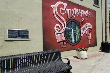 Silverton Oregon Staycation | Intentional Travelers