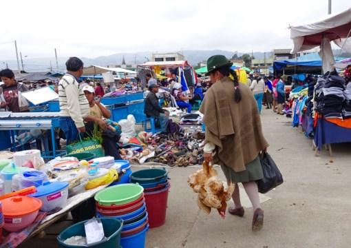 Saquisili indigenous market