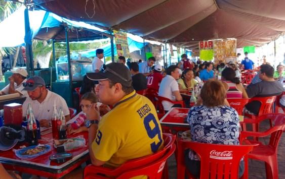 Sunday pop-up taquerias in Plaza Grande