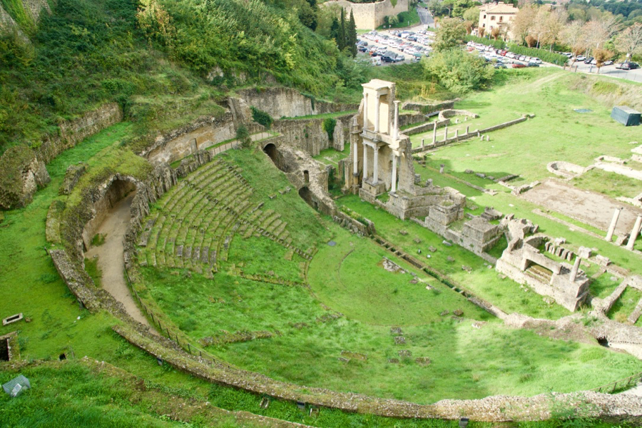 4 surprising things i didnt know about italy intentional travelers do it yourself self guided tour of tuscanys etruscan coast for independent travel intentional solutioingenieria Choice Image