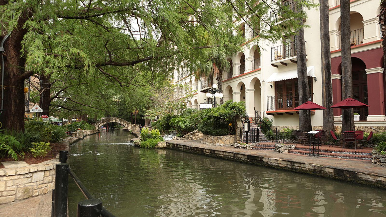 San Antonio River Walk Wttw Chicago