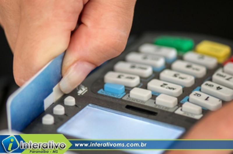 Prefeitura de Paranaíba desconta pagamento de servidores e não repassa para empresa de cartão
