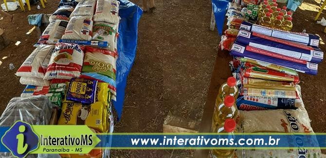 Caminhoneiros fazem doação de alimentos a instituições de Paranaíba