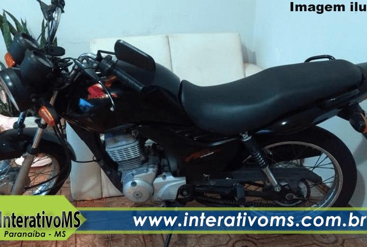 Revendedora de veículos tem moto roubada em Paranaíba