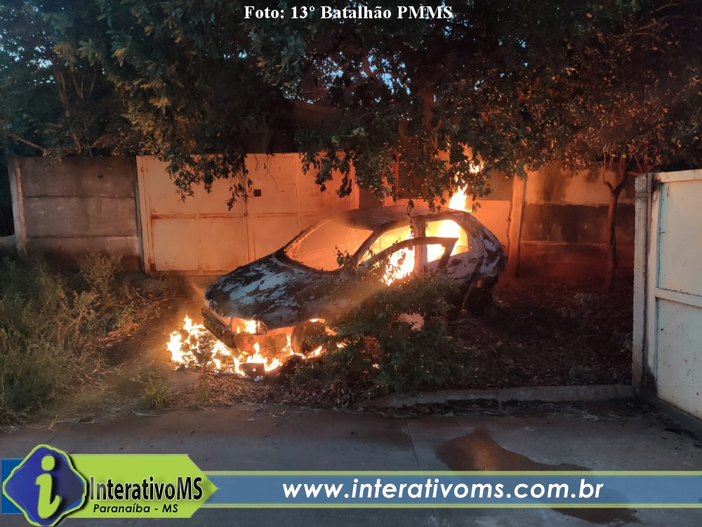Homem acaba preso após ter carro incendiado em Cassilândia