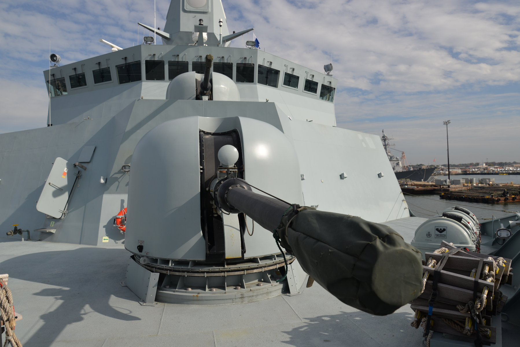 Two Italian-made 76mm Oto Melara guns are fitted forward -- unusually for post-World War II ships, in a super-firing arrangement (one over the other). The guns are reconditioned units from decommissioned patrol ships. The base ring for the forward mount is sized to take a US-built Mark 45 five-inch gun, but funding for the mount -- at about $50 million each -- has yet to be approved. Eventually, the Danish Navy hopes to install another close-in weapon system in the No. 2 position.