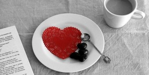 Love-Heart-Black-and-White-Background-HD-Wallpaper