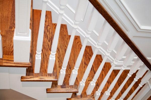 Custom Home Builder - Staircases