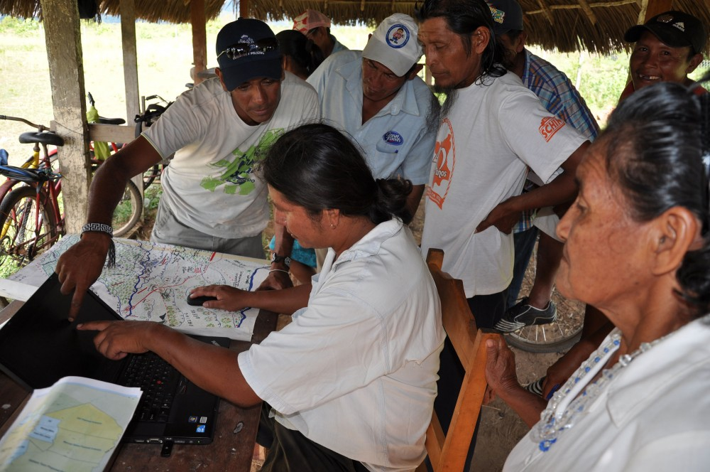 Wapichan mapping has used GPS technology to identify land use and forest sites of livelihood and cultural importance. © Tom Griffiths
