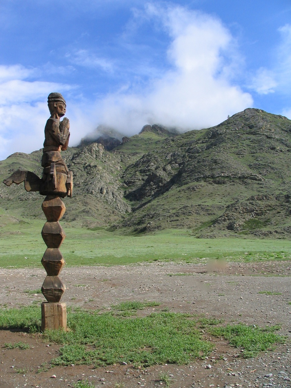 Traditional hitching post at Chui Oozy. Photo: Jennifer Castner at The Altai Project