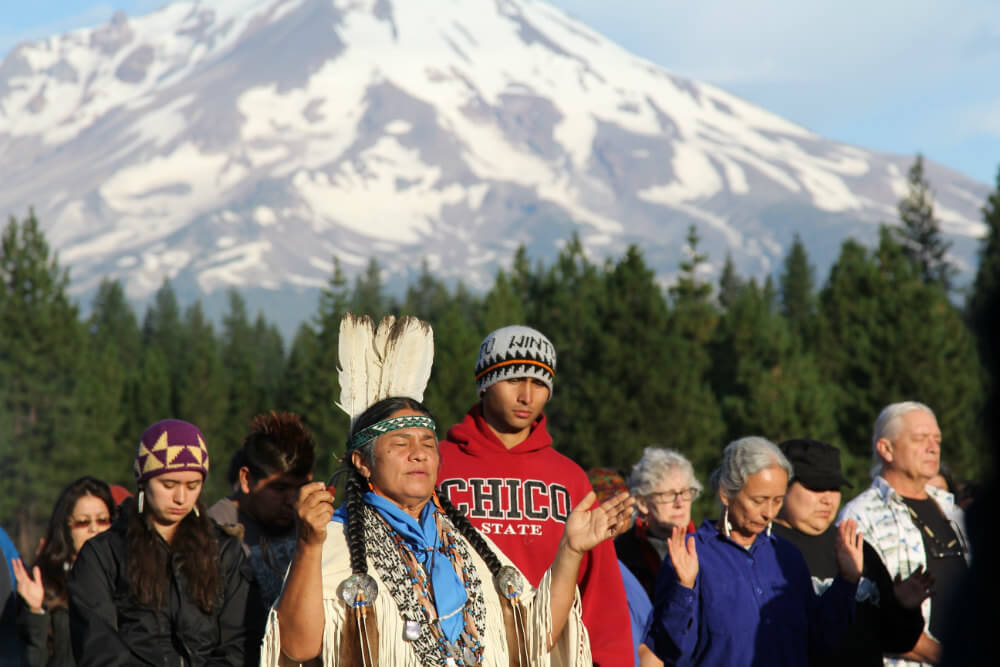 Chief Caleen Sisk of the Winnemem Wintu Tribe in prayer at Mt. Shasta in California. (Photo: Toby McLeod)