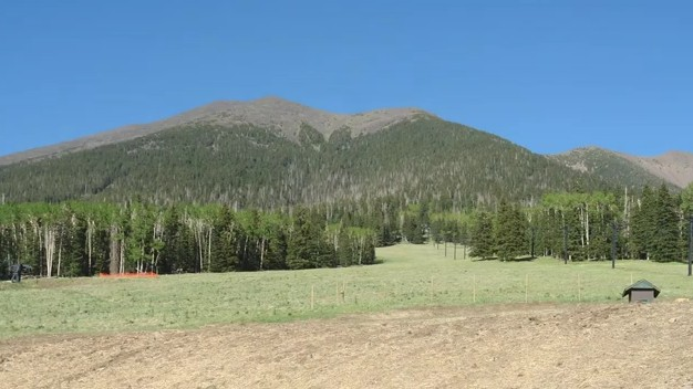 Dookooosliid What the San Francisco Peaks Means to the Dine