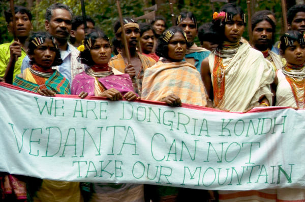 Dongria Kondh protest against Vedanta Resources, Niyamgiri, India. Credit: © Survival