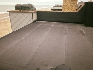 Renovatie plat dak wenduine