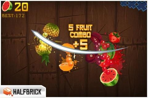 飛んでくるフルーツをズバズバ斬りまくる「Fruit Ninja」。