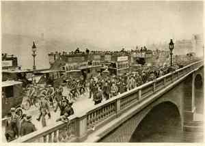 eliot-the-waste-land-crowd-london-bridge