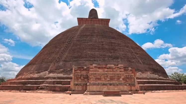 Jetavanaramaya sri lanka tourism