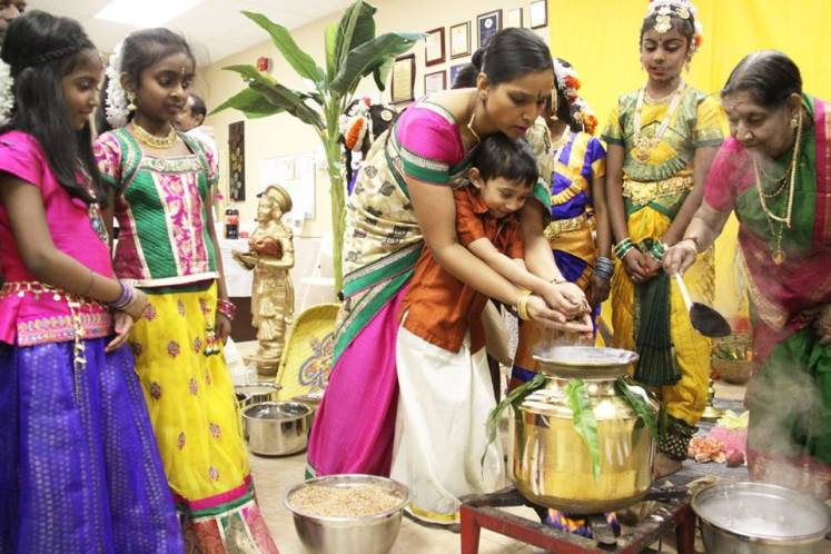 Sri Lankan Hindus Celebrating Thai Pongal