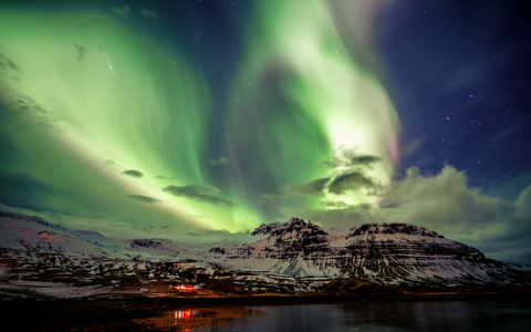 Wings of Angels - Northern Lights on Iceland wallpaper