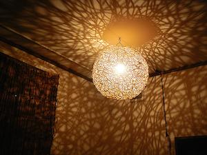アジアンテイストの照明