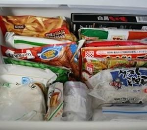 冷凍庫は立てて収納