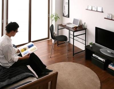 家具の選び方に拘った男性の一人暮らしの部屋