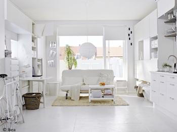 部屋にある大きな家具を白にチェンジしてみる1