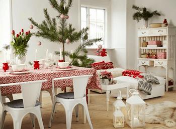 クリスマスカラーのお部屋