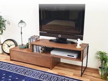 ワンルームにぴったりなおしゃれなテレビ台の一人暮らしの部屋画像