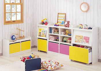 子供も使いやすい高さの収納がある女の子の子供部屋