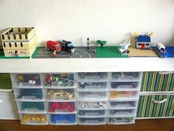 レゴ好きの男の子におすすめの子供部屋の画像