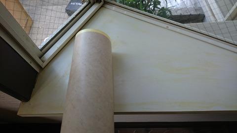出窓の天板ををリアテックシートで大理石風に