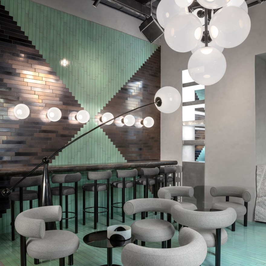 A Design Showroom where You can Eat – The Manzoni Restaurant in Milan by Tom Dixon