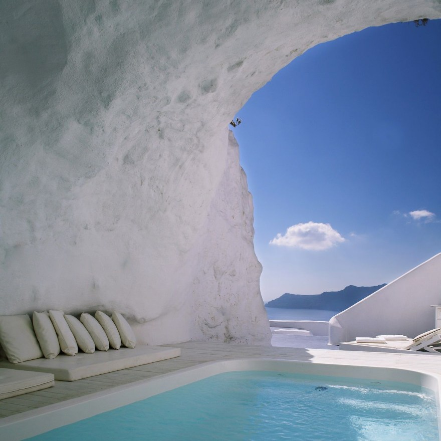 What a View – Katikies Hotel Design in Oia on the Beautiful Island of Santorini, Greece
