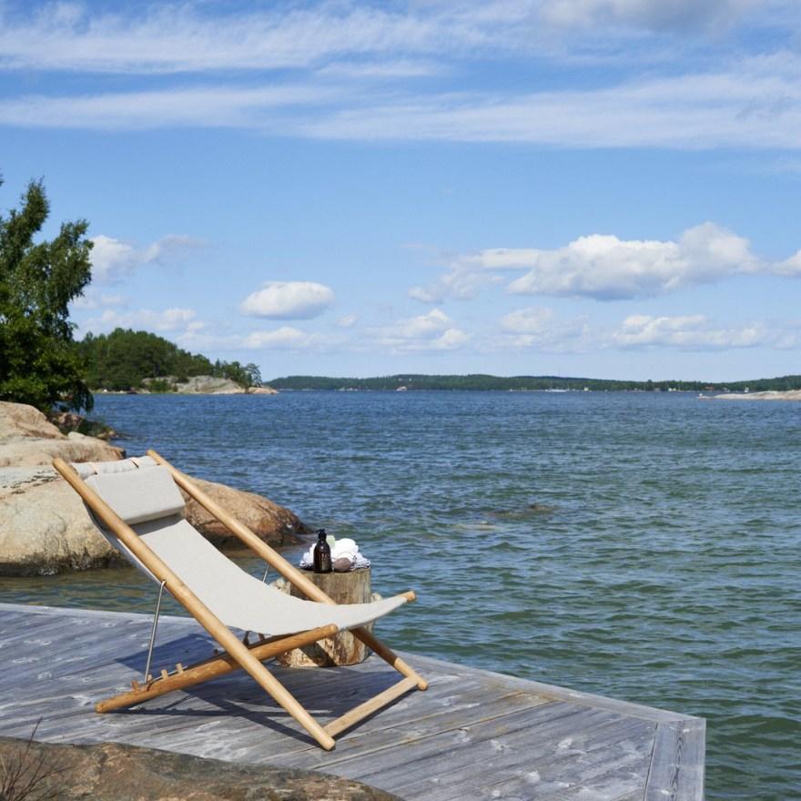 Enjoy the Summer with the Design Classic – H55 Sun Easy Chair Design by Björn Hultén for Skargaarden