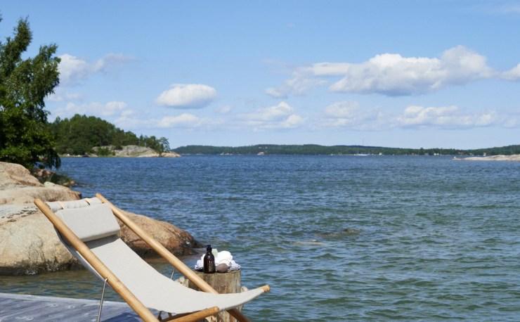 Enjoy the Summer with the Design Classic - H55 Sun Easy Chair Design by Björn Hultén for Skargaarden, Interior 3000 Design Blog, Interior Design, Furniture Design, Deck Chair Design, Canvas Chair Design
