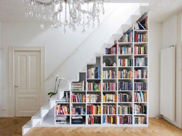 desain storage bawah tangga