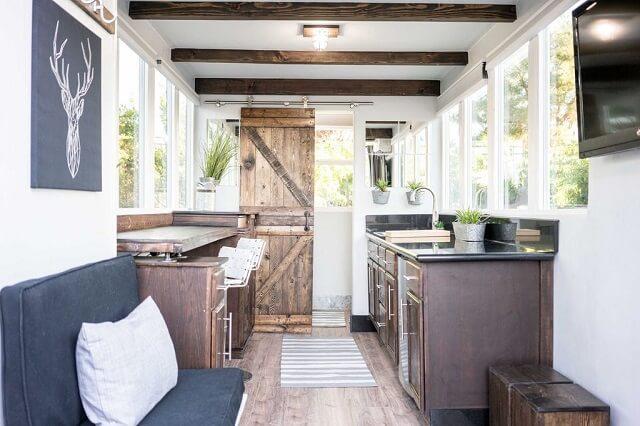 desain interior rumah kontainer gaya minimalis