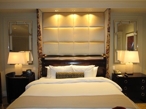 Small Bedroom Color Lighting And Mirror Ideas