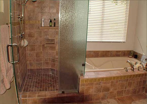4 Great Ideas for Remodeling Small Bathrooms - Interior design on Great Bathroom Ideas  id=57362
