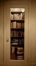 Ways To Fit A Home Library Into A Small Space ⊶ Via Apartmenttherapy #BookStorage