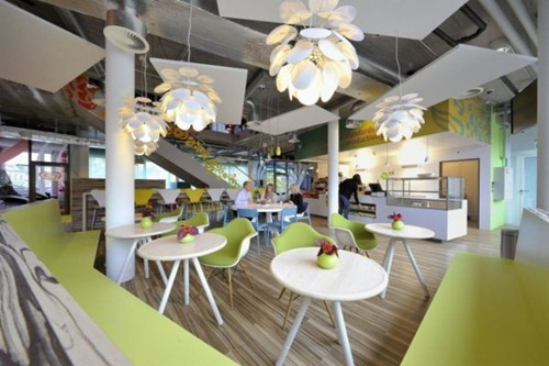 Fun-and-colorful-Unilever-office4