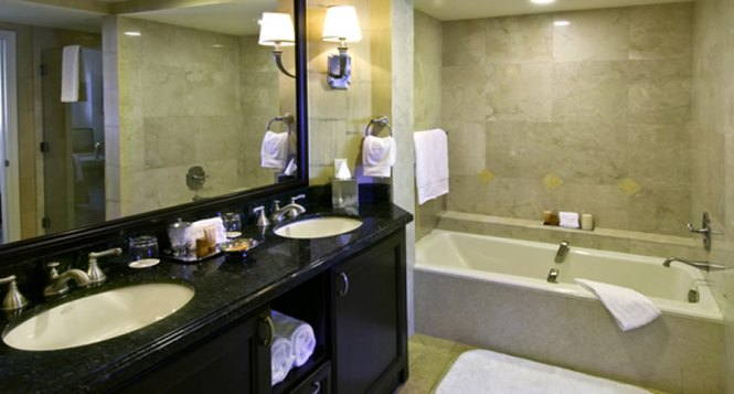 Beauteous 60 bathroom designs kerala photos design for Bathroom designs in kerala
