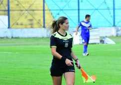 Mariana Beatriz Duré – Interior Futbolero