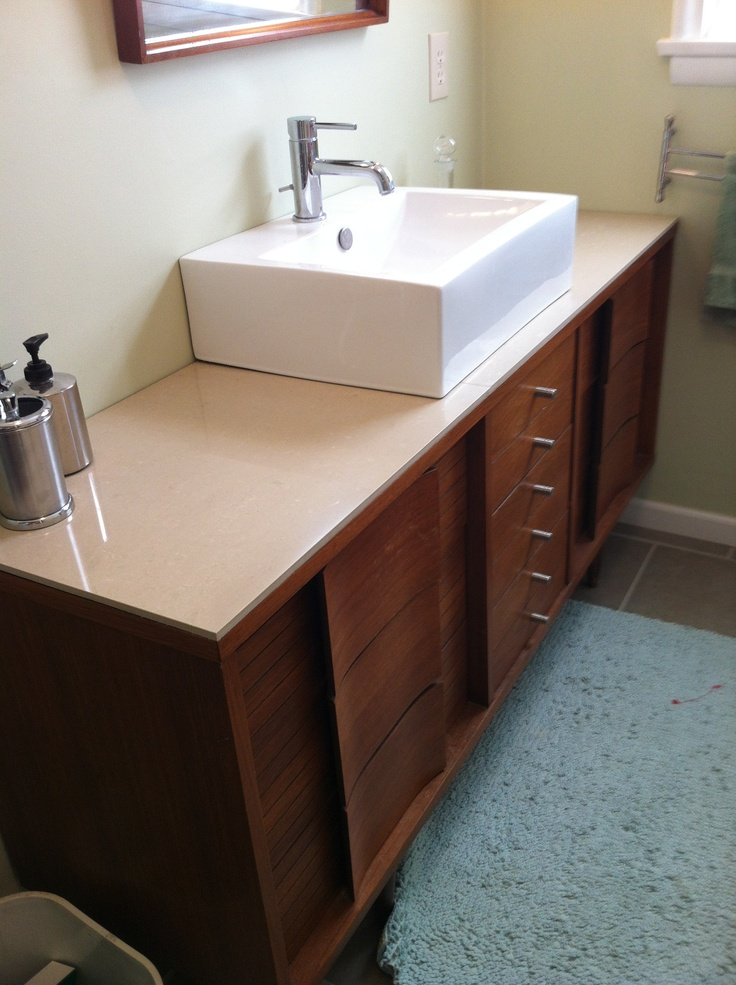 Stunning Mid Century Bathroom Designs For A Vintage Look
