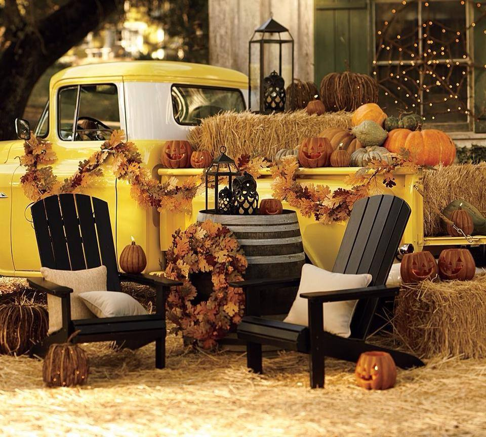There's never much time until halloween is here. 21 Amazing Outdoor Halloween Party Ideas   Interior God