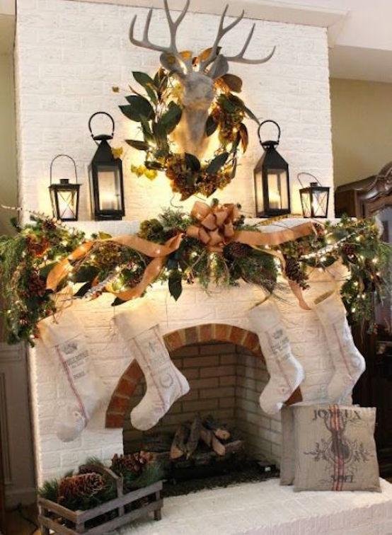 31 Captivating Indoor Rustic Christmas Decor Ideas